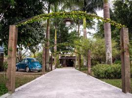 Pousada Art e Flora Garden, Guapimirim (Barreira yakınında)