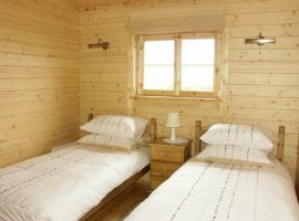 Thornlea Log Cabin, Liverton (рядом с городом Moorsholm)