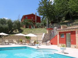 Casa Sacciofa, Monte Rinaldo (Montottone yakınında)