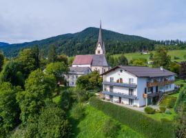 Andritsch Elfi Ferienwohnung, Sankt Georgen im Gailtal (Labientschach yakınında)