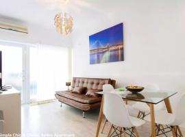 Simple Chic Belem Apartment