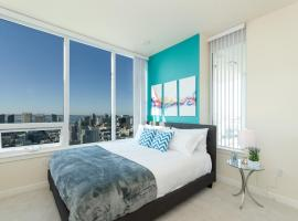 Popular Downtown San Diego Modern 3 Bedroom Penthouse
