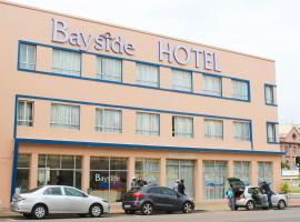 Bayside Hotel 100 Pixley Kaseme Street ( West Street )