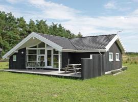 Three-Bedroom Holiday home in Skals 4, Hjarbæk (Knud yakınında)