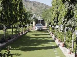 Pushkar Greens, Пушкар (рядом с городом Bassi)