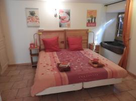 Luxurious and spacious Bed & Breakfast kamer, Saint Die (рядом с городом Denipaire)