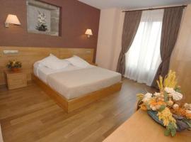 Hotel O Desvio, Roxos (Costoia yakınında)