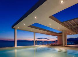 Unique Luxury Villa sea side Evia, Káto Ília (рядом с городом Илия)