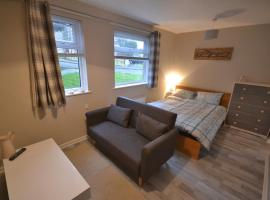 Service Apartment in Swansea, Skewen