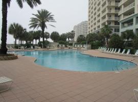 Beach Club Avalon 208