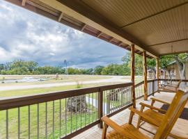 Vineyard Trail Cottages- Adults Only