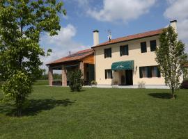 Azienda Agrituristica Ai Prai, Castello di Godego (Loria yakınında)