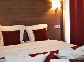 Hotel Luxor, Исси-ле-Мулино
