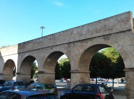 Piso junto al acueducto romano, cerca del centro