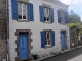 maison particulière, Пор-Луи (рядом с городом Пор-Гэр)