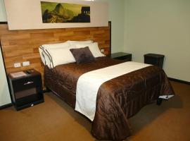 Hotel Continental, Challhuahuacho