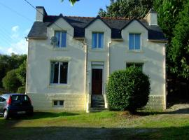Ideal Family Holiday Home In Brittany, Spézet (рядом с городом Coatquévéran)