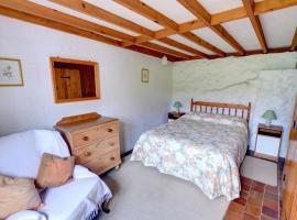 Holiday Home Trefin Bach, Trevine (рядом с городом Croes-Gôch)