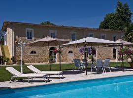 Hôtel La Tour Perrier, Eyrans (рядом с городом Étauliers)