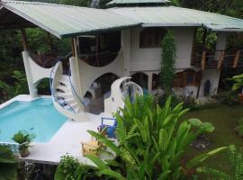 Private SPA/MudTherapy Spa LUXURY Private 200+ Acre Wildlife, Agujas (Barrigones yakınında)