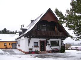 Herzfenner Hof, Auw