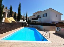 2b Ground floor Garden Pool apartment - Pyrgos village, Pyrgos