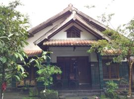 Dewiga Homestay, Джокьякарта (рядом с городом Balong)
