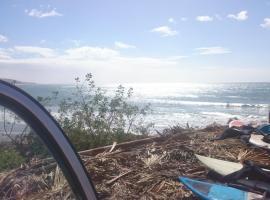 Lucky Trip Surf Camp, Tamraght Ou Fella