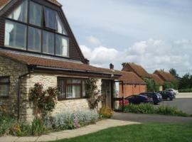 Kingfisher Barn Holiday Cottages, Abingdon