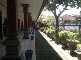 Pondok Hasan Homestay, Ujung