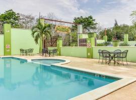 Midas Belize, Trapiche (Santa Familia yakınında)