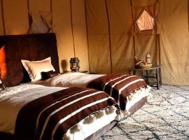 Merzouga Anata luxury camp, Er Rachidia