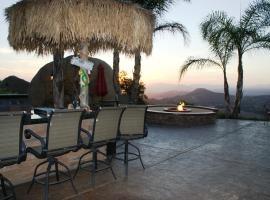 Executive Ranch Home on 8 acres of views, Escondido (V destinácii Ramona a okolí)
