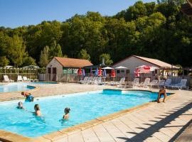 VacancesOcamping Soleil de Crécy, Креси-ла-Шапель (рядом с городом Voulangis)