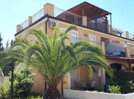 Pizzo Beach Club 88F, Fondaco Vecchio