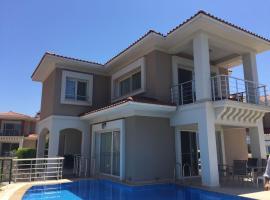 Luxury Villa with Private Pool in Aegean Breeze Site, Kuşadası (in de buurt van Soğucak)