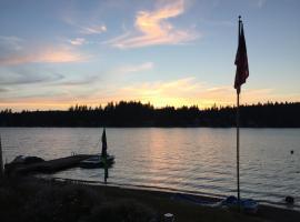 Sunset Cottage at Mason Lake, Union