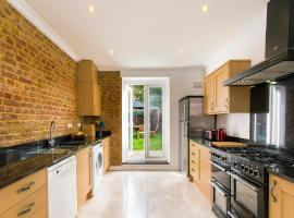 Charming 4BR Victorian Home in Sydenham