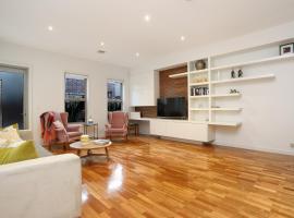 StayCentral - Kew Luxury House, Melbourne (Kew yakınında)