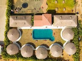 The Village Resort Mandvi, Kodāe (рядом с городом Mandvi)