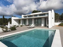 Villa Illa Murada, Santa Eularia des Riu (Cala Boix yakınında)