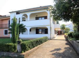 Apartments Livio Stranici, Rošini