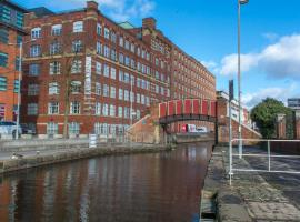 Deluxe Northern Quarter Apartment with Canal View