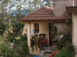 villa Angelita, Jarabacoa (La Ceniza yakınında)