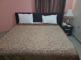 Hay Bravo Hotel & Suites, Jos