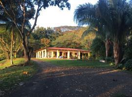Casa Cardumen, Tárcoles (El Sur yakınında)
