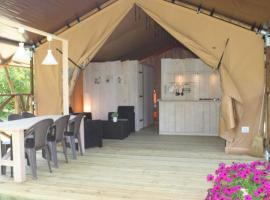 Lodge Holidays - Camping des Arcades, Saint-Pantaléon