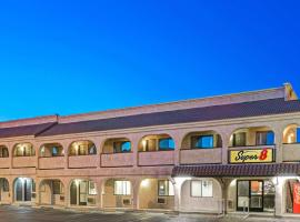 Super 8 by Wyndham Las Vegas Nellis AFB Area
