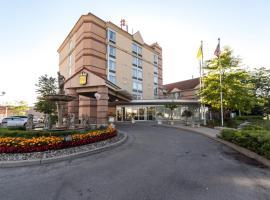 Monte Carlo Inn Airport Suites