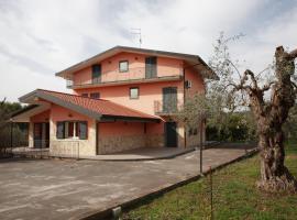 Villa Aurora, Motta Sant'Anastasia